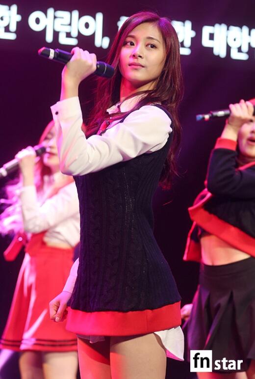 MBC標準FM「女性時代」に出演中のTWICEツウィ
